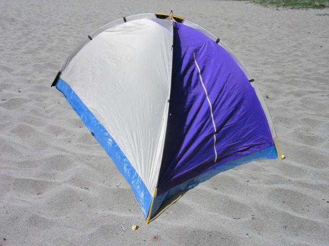 ancrage d'une tente dans le sable avec Stopenvol