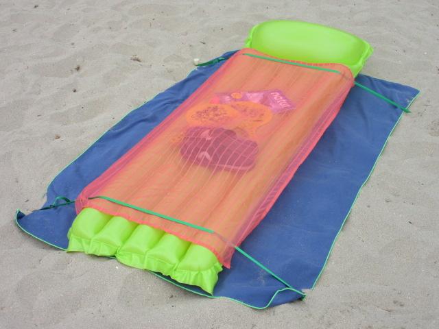 stopenvol dissimule vos affaires à la plage